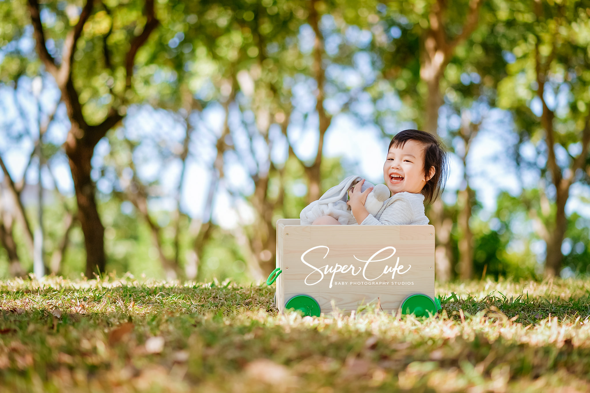 寶寶寫真,寶寶拍照,寶寶攝影,兒童攝影,兒童寫真,親子寫真,親子攝影,寶寶照,寶寶攝影推薦,兒童寫真推薦,寶寶寫真價格,兒童寫真價格,兒童攝影師,全家福,寶寶,兒童,台北攝影,攝影,活動攝影,台北兒童寫真,寶寶照,自然風格,親情,baby,child,photo,phototherapy,supercute,sweetie,cute,野餐,野餐外拍,小帳棚,野餐風,戶外野餐拍攝